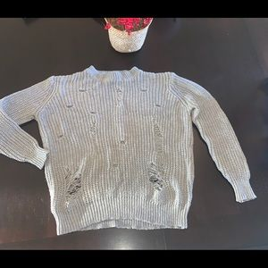 Rue 21 distressed chunky sweater in euc.